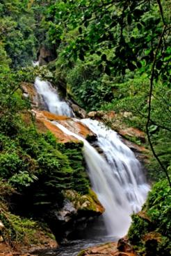 waterfall Tununtunumba